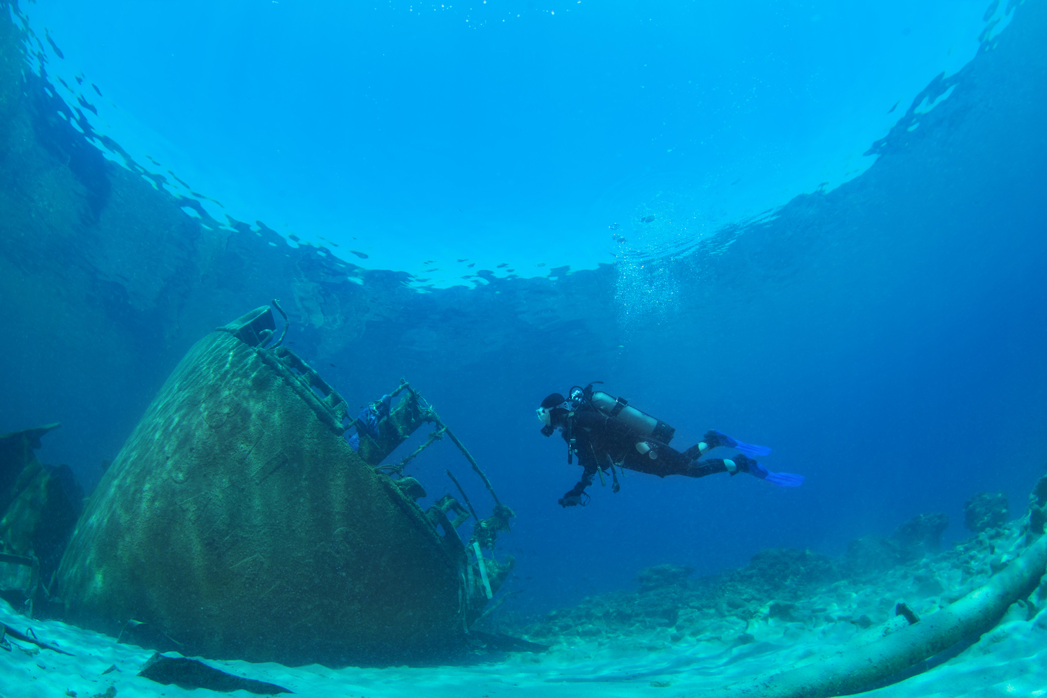 diving in greece