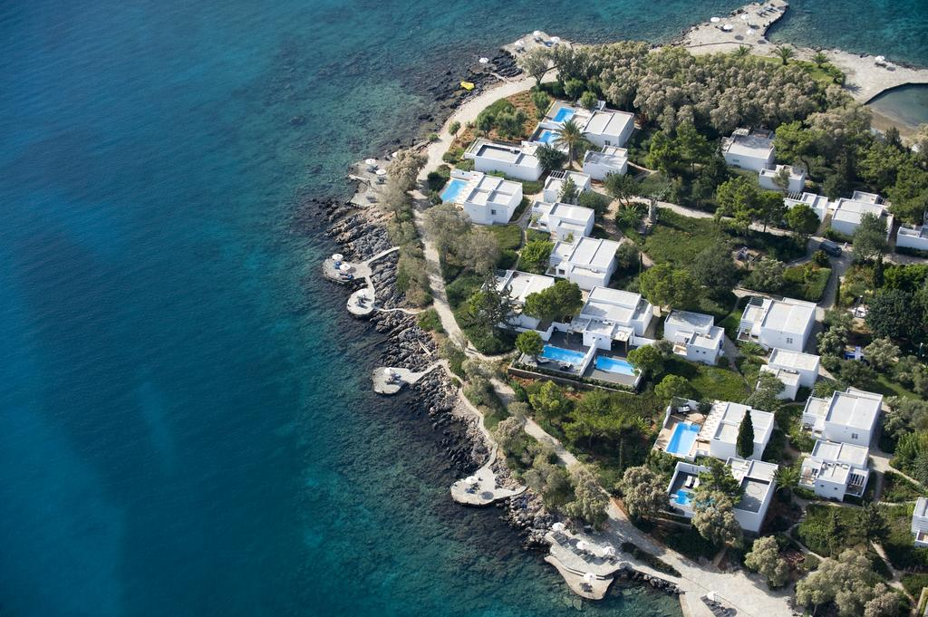 minos beach hotel exterior
