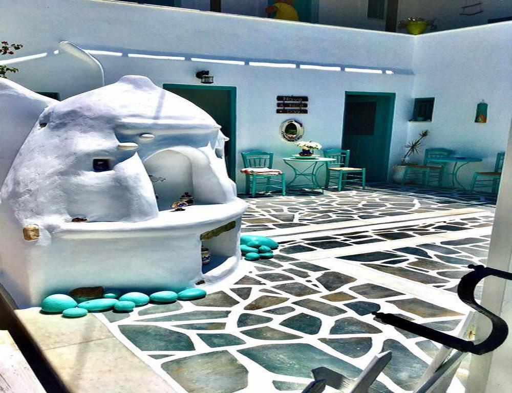 naxos cave suites